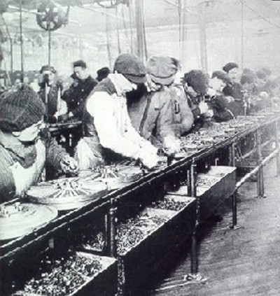 Ford assembly line, 1913