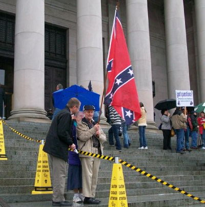 Teabagger rallies in support Tentherist agenda. (Courtesy Fuse)