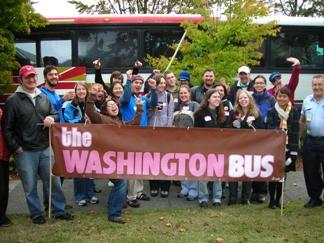 wa-bus-01-cheering.jpg